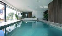 Exquisite House Indoor Pool Design Idea with Rectangular ...