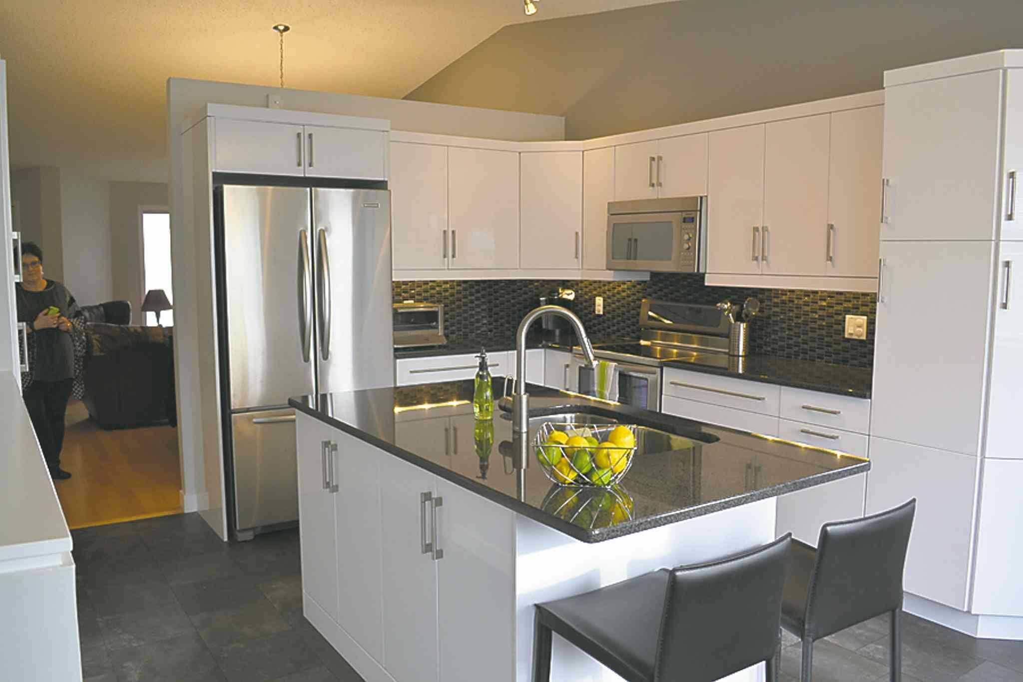 Thermofoil Kitchen Cabinets High Gloss Thermofoil Cabinets Google Search Kitchens