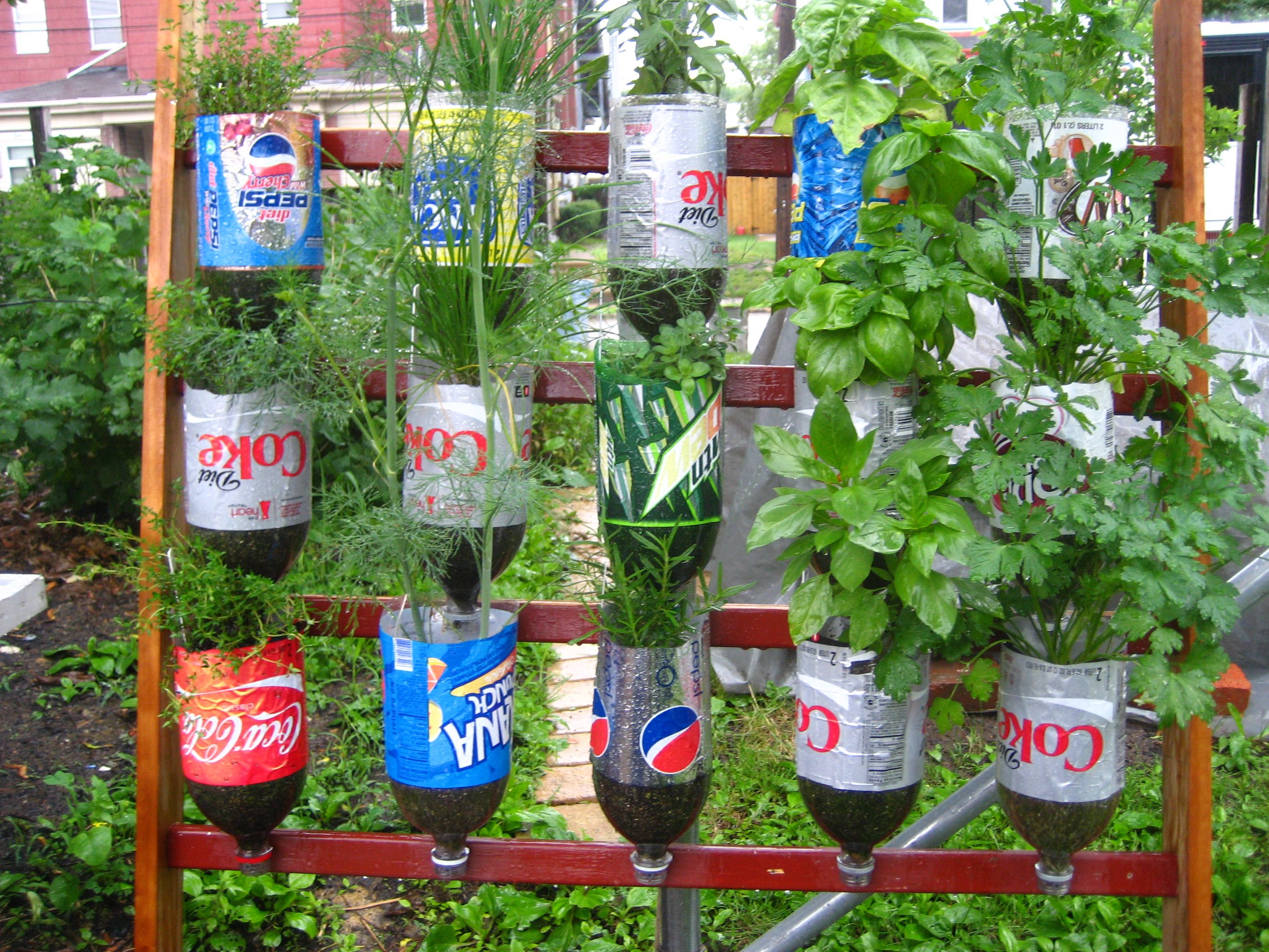 Recycled out door decor related post from using recycled items as a garden decoration idea