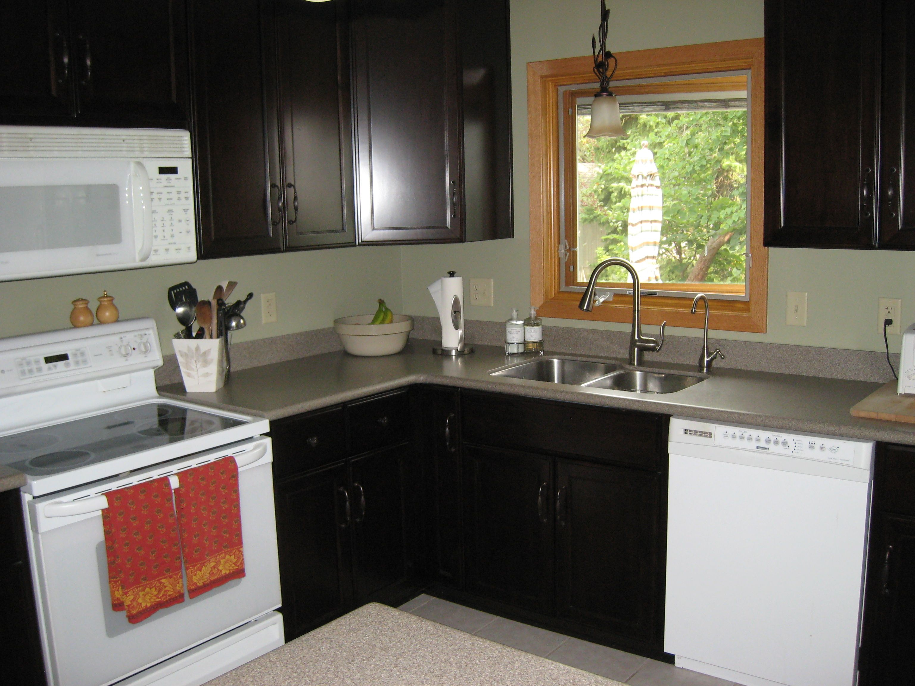 Small L Shaped Kitchens Designs Small L Shaped Kitchen Like Yours With Dark Cabinets And