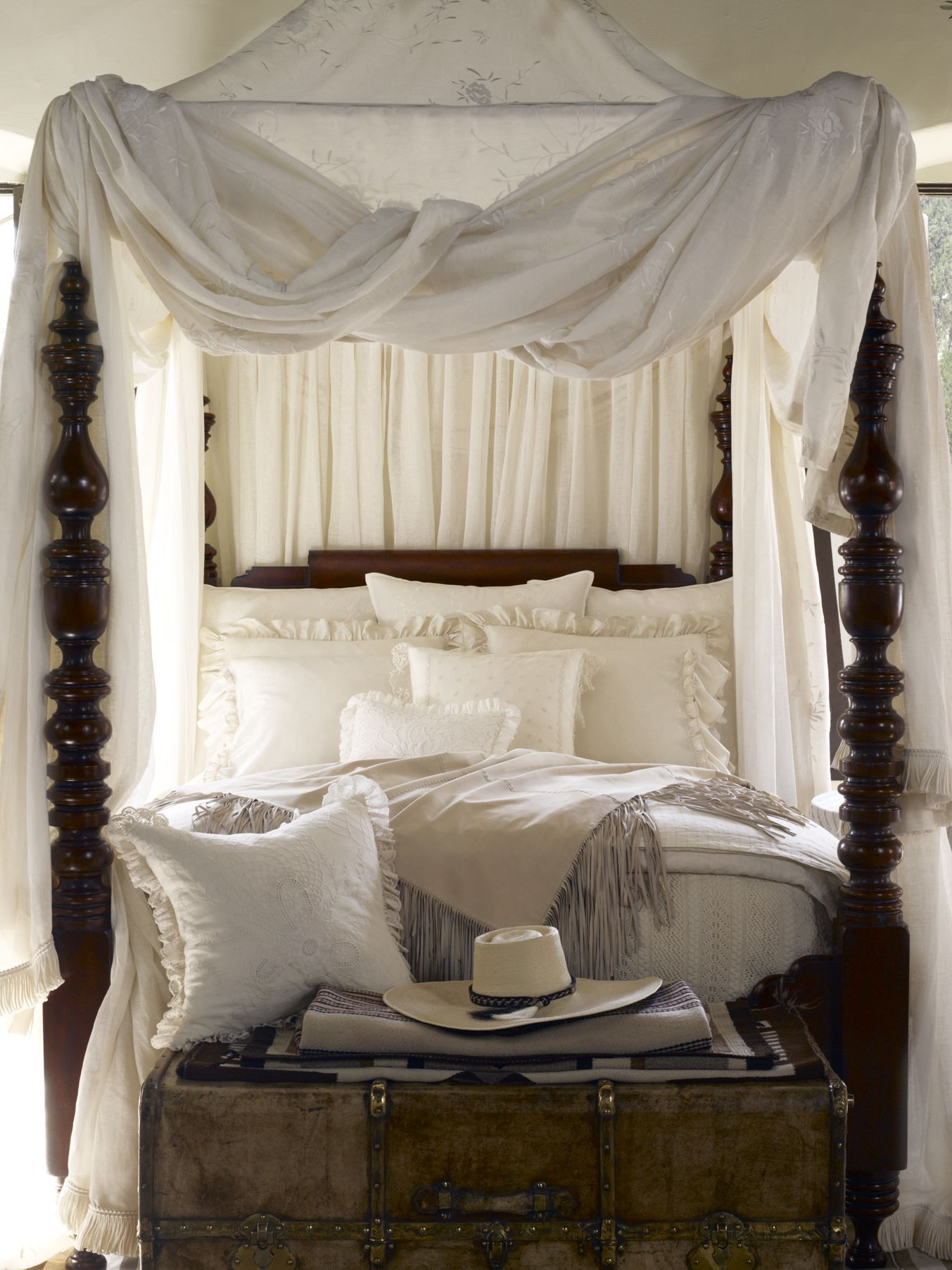 4 Post Canopy Bed Romantic Four Post Canopy Bed From Ralph Lauren Home
