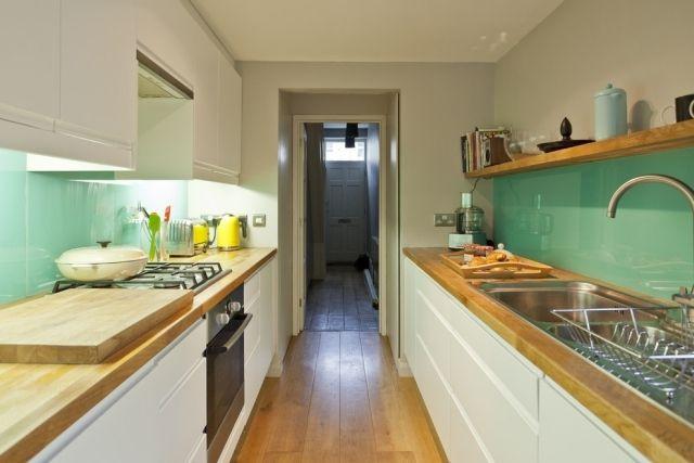 küche wandgestaltung glas spritzschutz mintgrün holz arbeitsplatte - kuchenwandgestaltung ideen fliesen glas