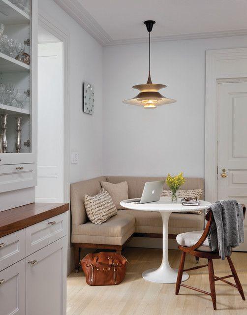 coole küche weiß mit polstersitzecke beige und Esstisch rund - beige kuche