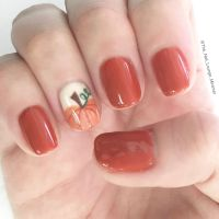Fall pumpkin nail art design