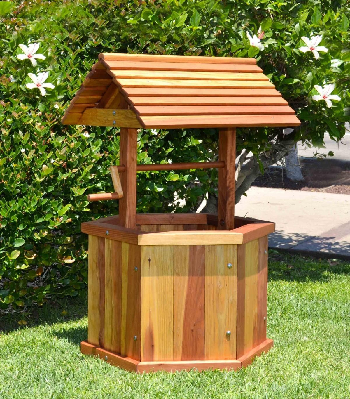 Good design creating a barrel like base without the angles or staves of wishing welloutdoor projectslandscaping ideasbarrelmake