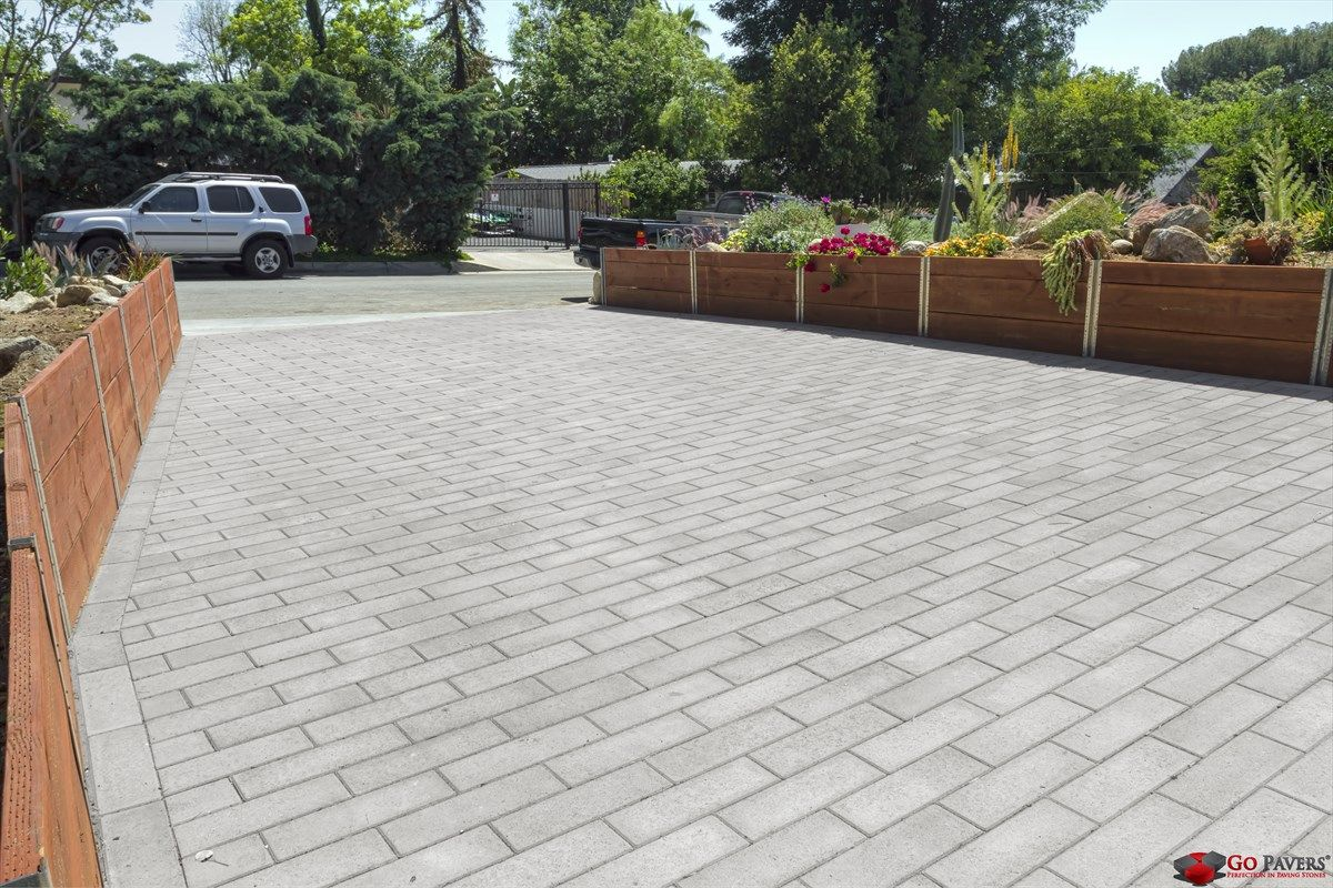 Contemporary Driveway Modern And Simple Driveway Pavers Using Olsen Infinity