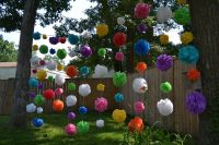 DIY OUTDOOR PARTY DECORATIONS: WATERPROOF POM POMS  DOIN ...