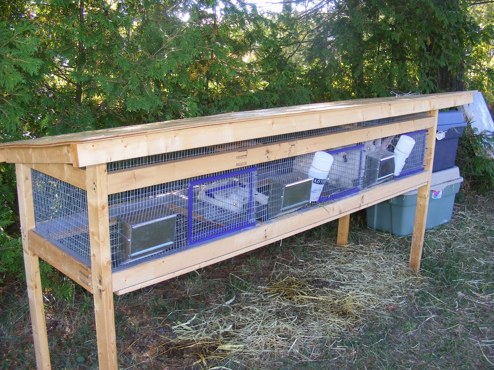 Diy Cage For Rabbit Homemade Rabbit Cages Rabbit Barn 43 Meat Rabbits