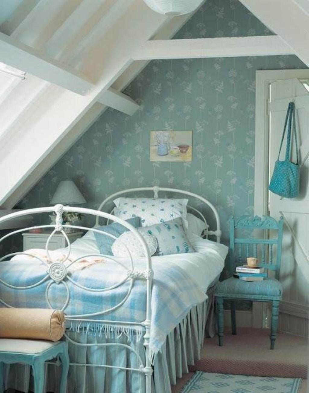 Attic Space Ideas Lovely Attic Bedroom For Teenage Girl 6 Attic Room Ideas
