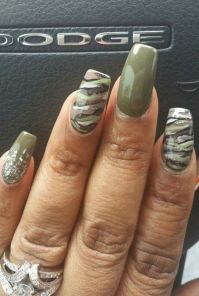Camouflage nail design | Nails | Pinterest | Camouflage ...