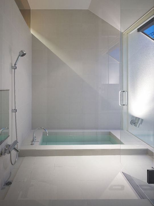 minimalist bathroom of house in Japan Boy spa? Badezimmer Ideen - badezimmer japan