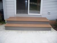 Patio step idea. Like the larger first step out the door ...