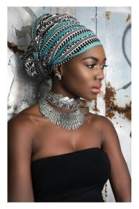Head Wrap on a beautiful African lady. | turbans ...