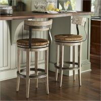 15 Ideas For Wooden Base Stools in Kitchen & Bar Decor ...