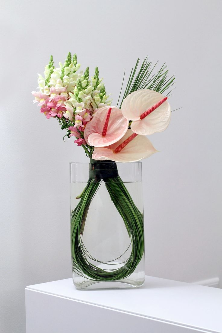 Flower vase office flower arrangements flower delivery in london same day and uk next day