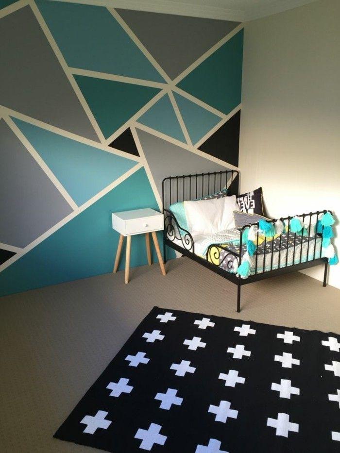 Idee Muster Wandschrank unregelmäßige Dreiecke in vier Farben + - wandgestaltung farbe kinderzimmer