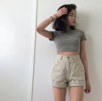 Asian fashion   High waisted short   Crop top   Short hair ...