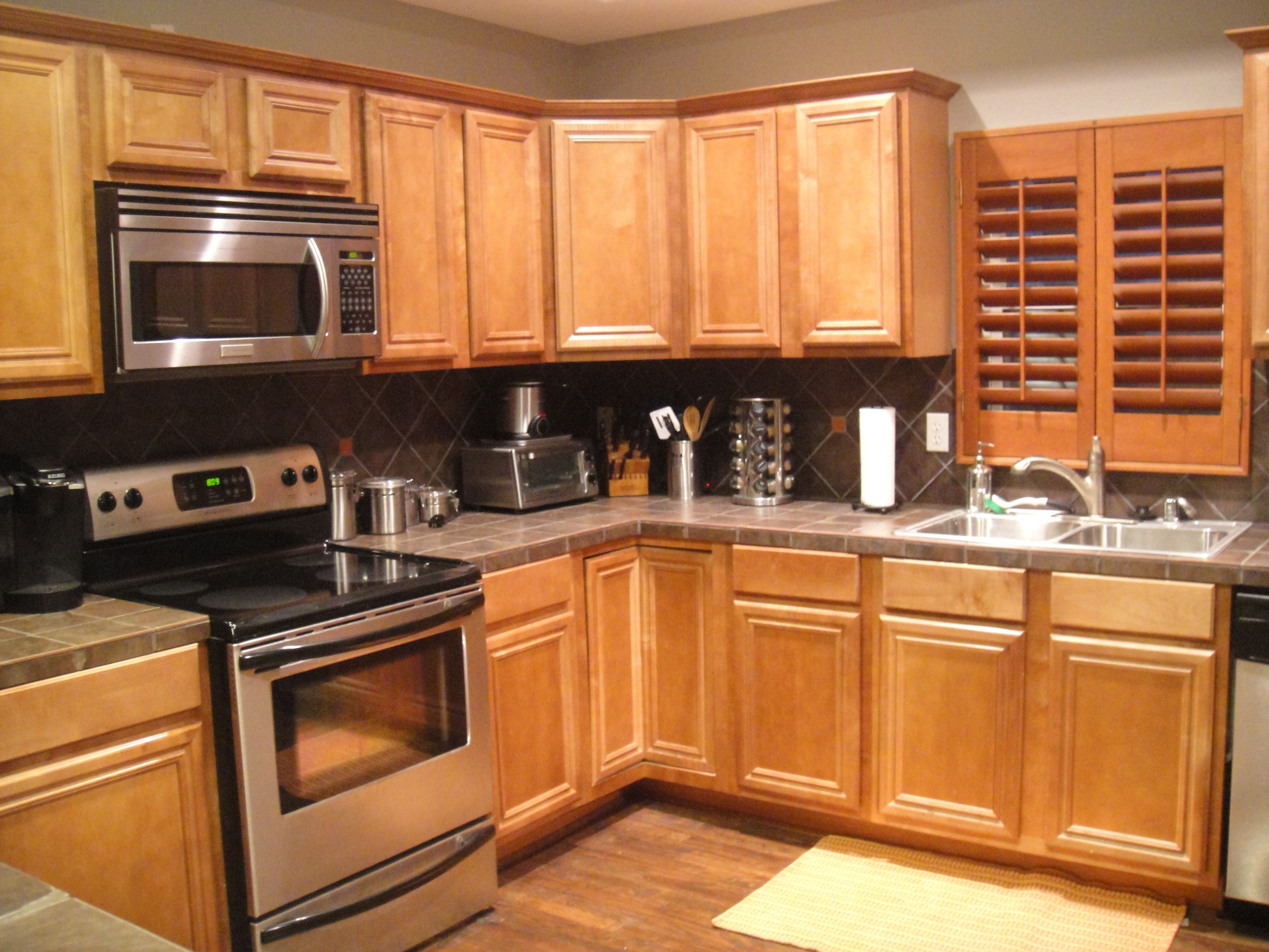 Dark Gray Kitchen Cabinets With Light Gray Walls Honey Oak Cabinets With Very Dark Grey Wall, Light Grey