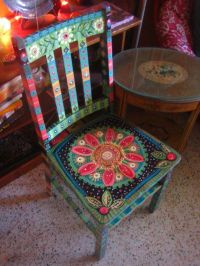 Painted Chair ~ Fun! Perhaps this is a winter doodle ...