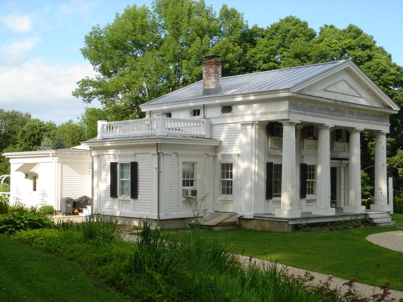 Greek Revival Farmhouse Architecture Greek Revival Doric Fluted Columns American Greek