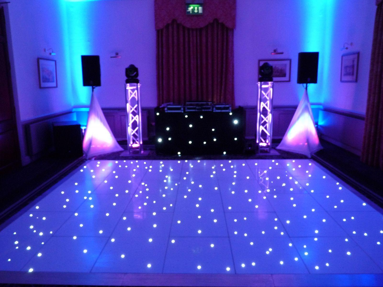 Light Up The Floor Our Elegant Wedding Disco Setup Complimenting A White Led