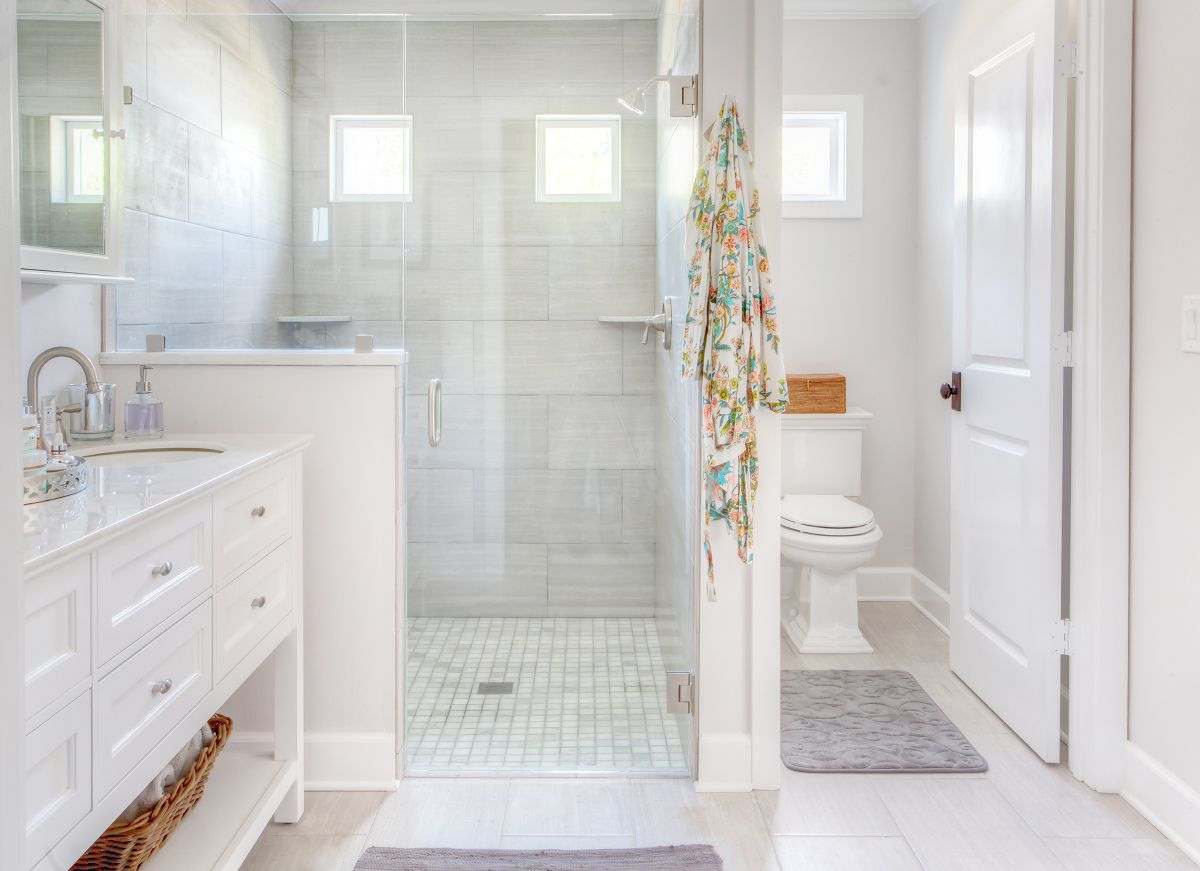 Designer Small Bathrooms Before And After Bathroom Remodel Bathroom Renovation