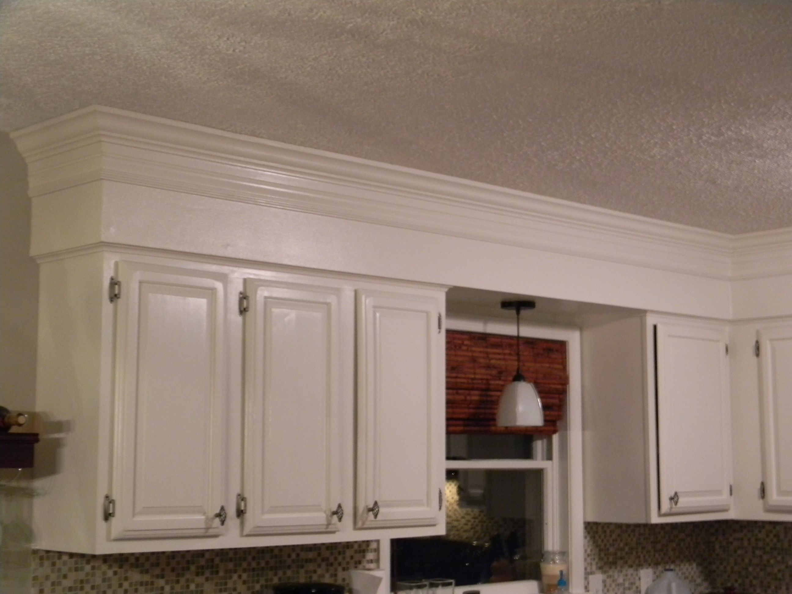 Crown Moulding Above Kitchen Cabinets Have 80 39s Bulkheads In Your Kitchen Not Anymore Make