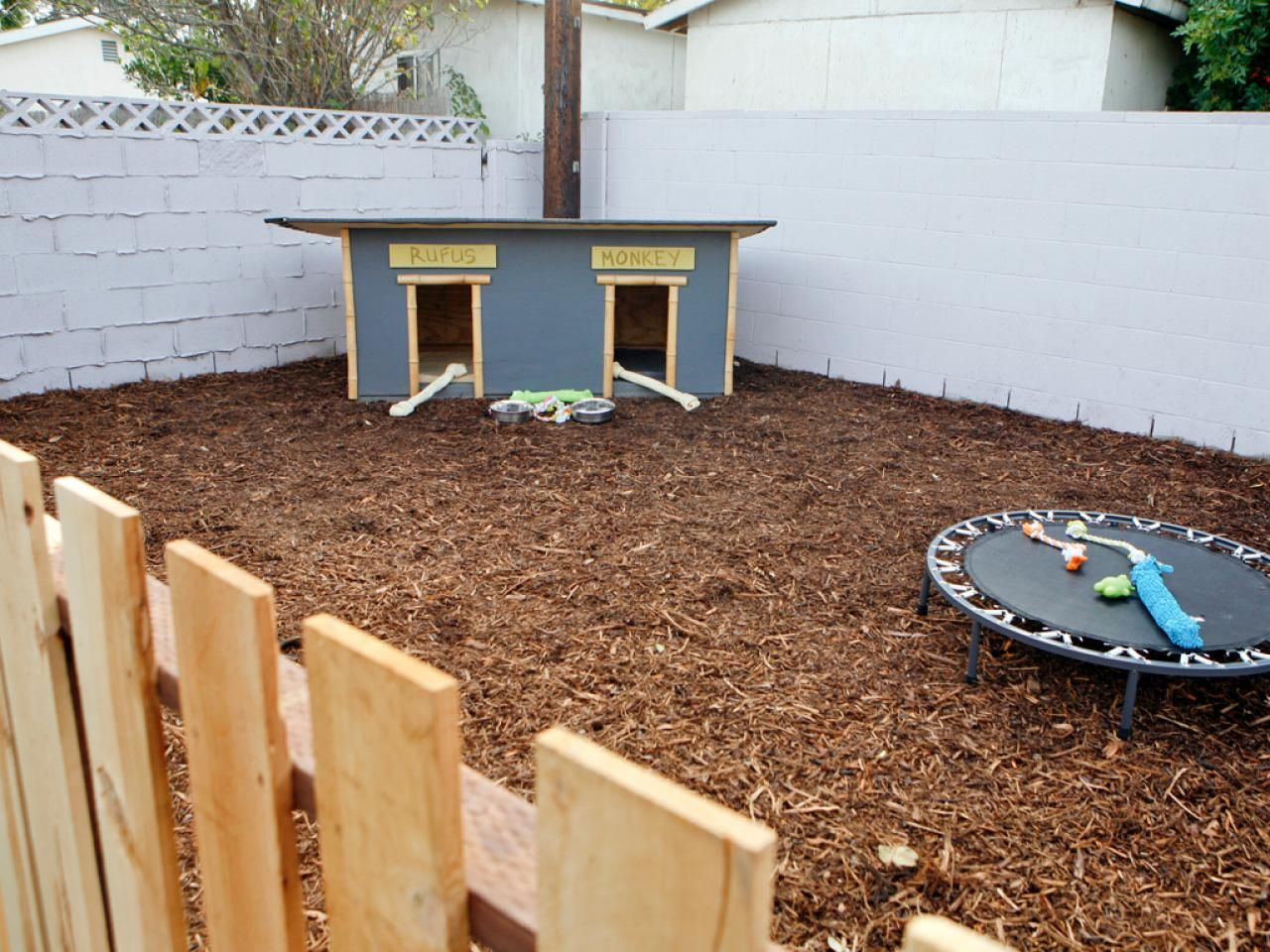 Dog Run Ideas Hot Backyard Design Ideas To Try Now Hardscape Design