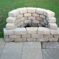 How to Be Creative with Stone Fire Pit Designs: Backyard ...