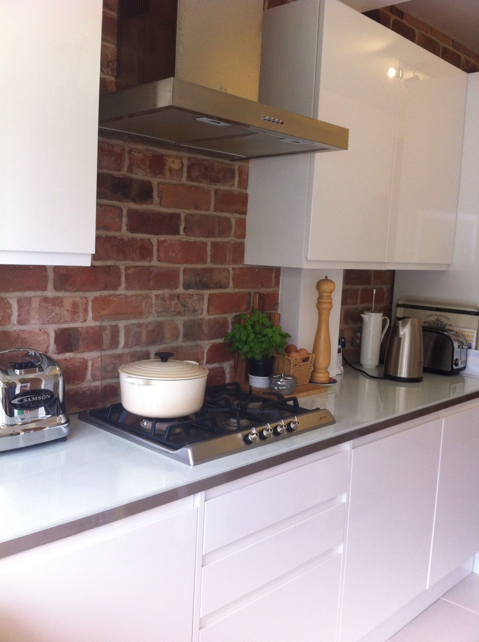 Kitchen Brick Wall Exposed Brick Kitchen With Clean Gloss White Units