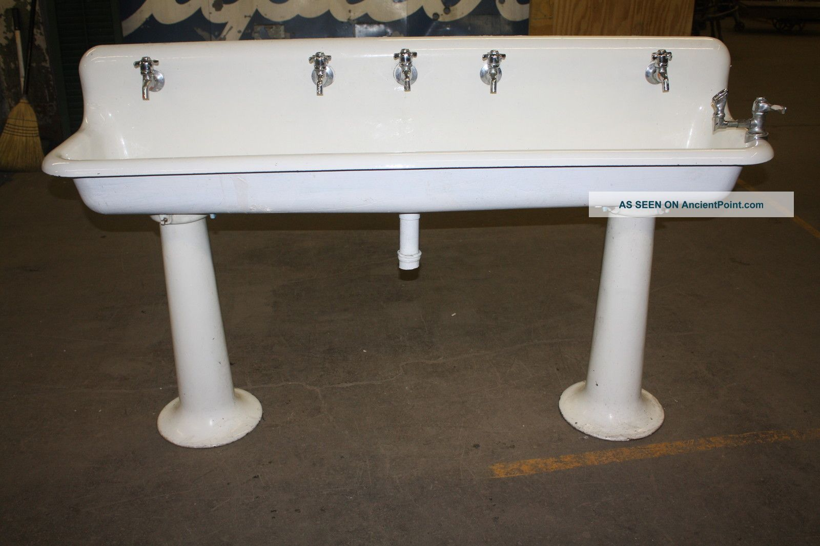 Industrial Pedestal Sink Old School Industrial Porcelain Gang Sinks On Pedestal