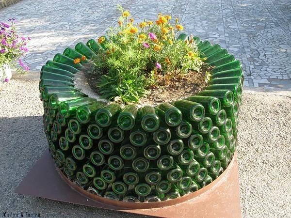 22 Fabulous Container Garden Design Ideas for Beautiful Balconies - container garden design ideas
