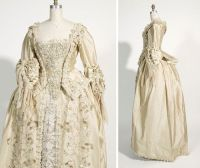 Elizabeth Swan's Wedding Gown in Pirates of the Carribean ...
