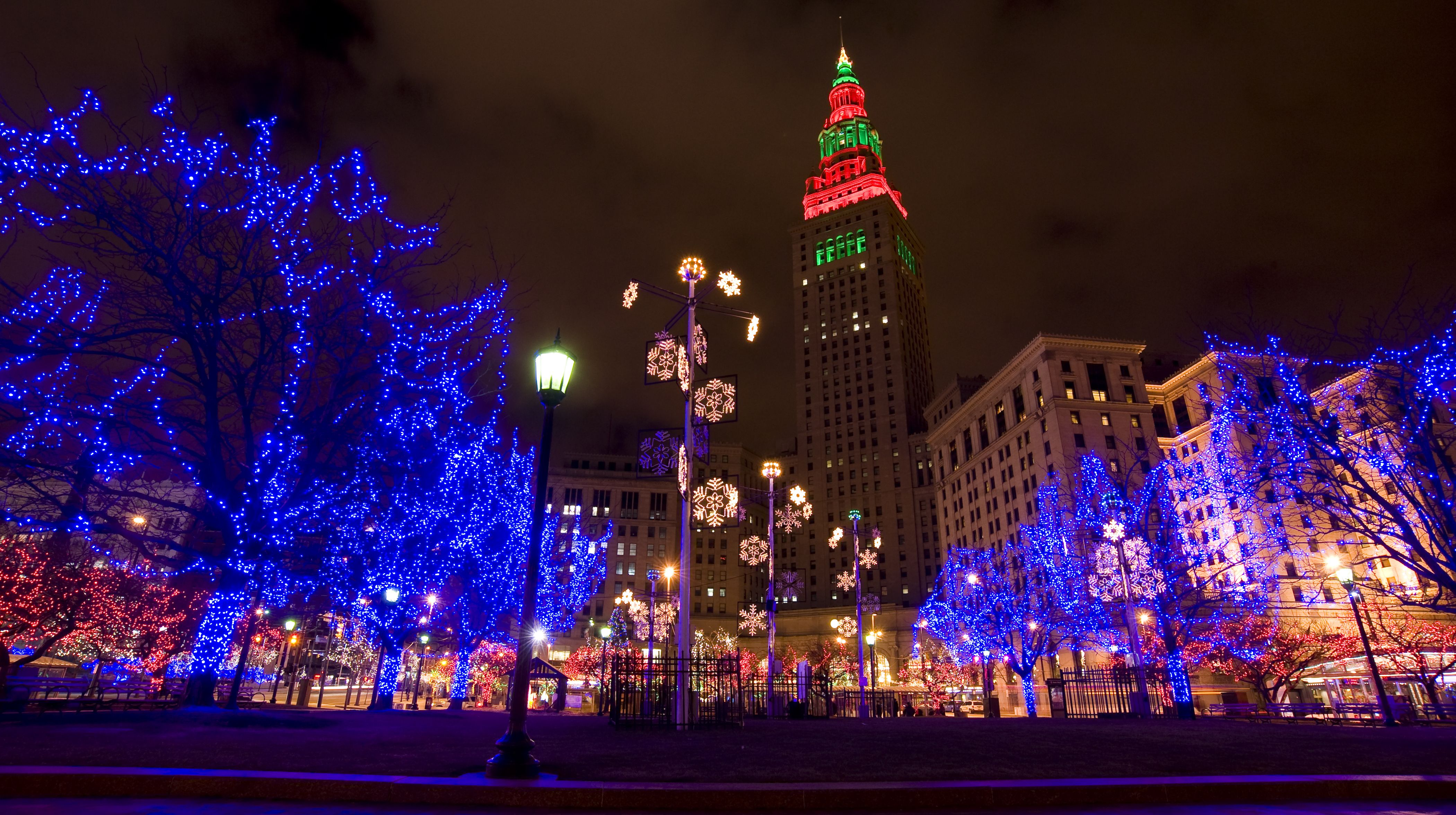 Tree Lighting London Ontario Cleveland Winter - Google Search | Atmosphere | Pinterest