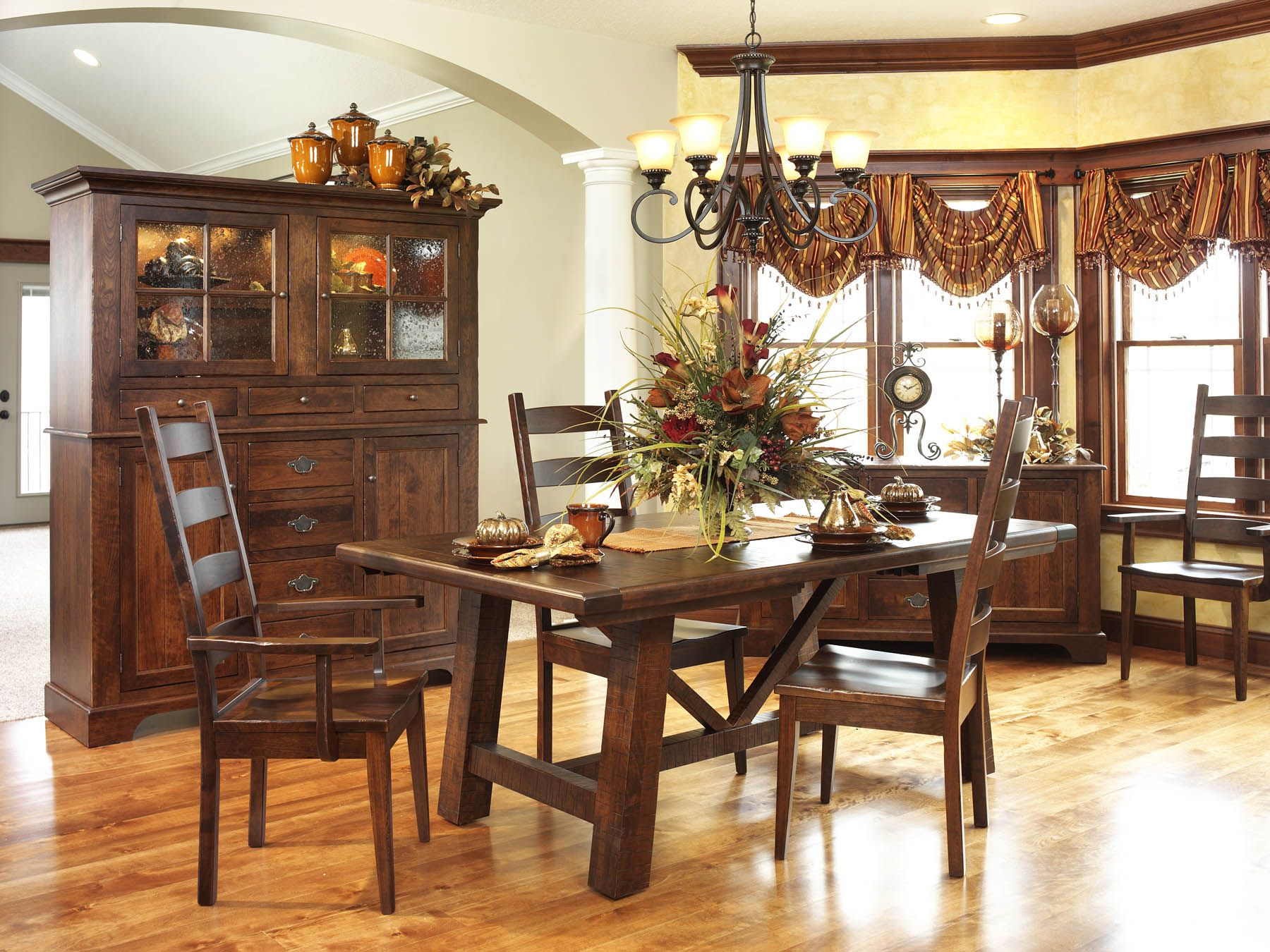 Restaurant Farmhouse Chicago Early American Country Farmhouse Dining Room Set Amish