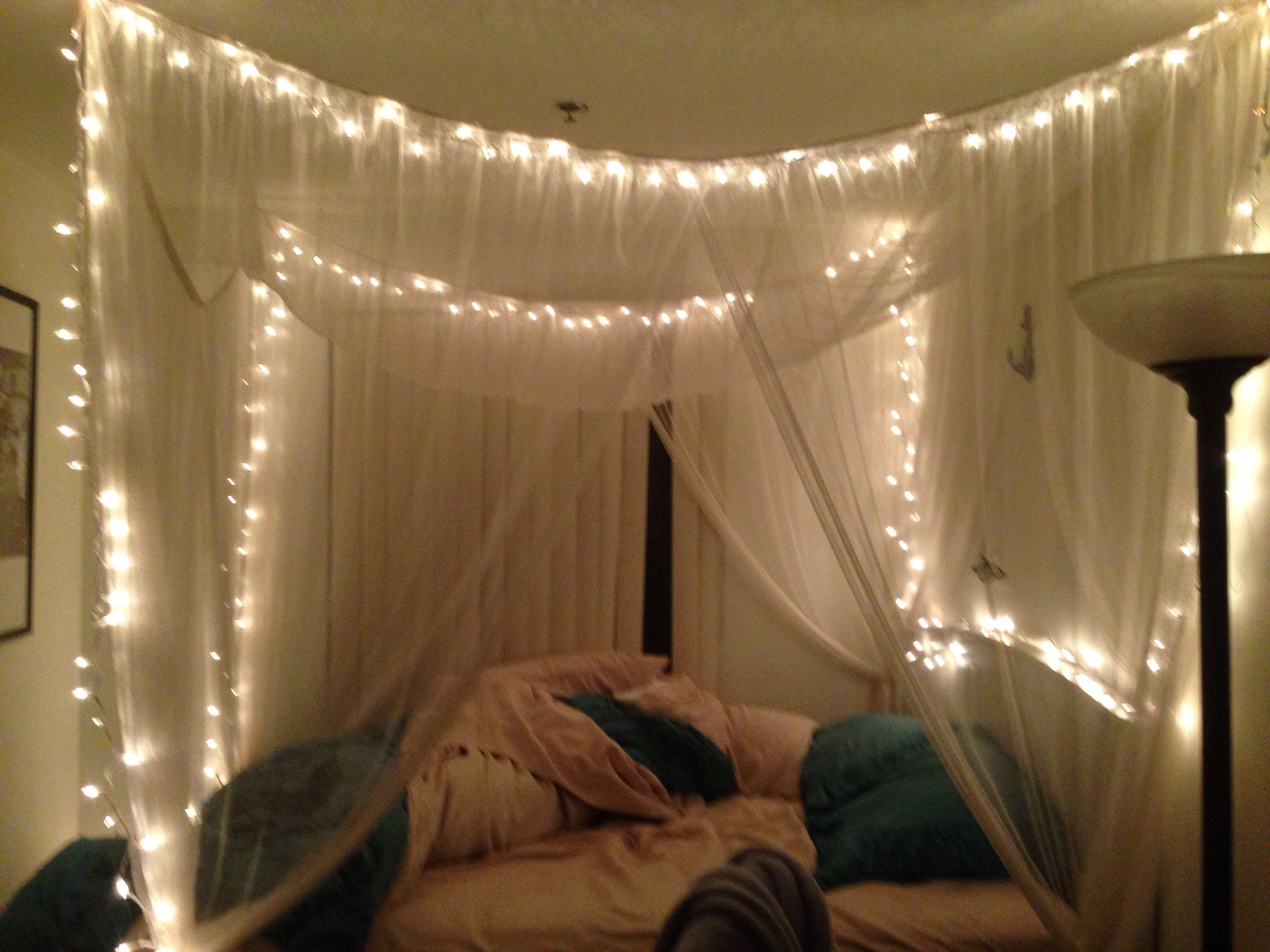 Lights Over Headboard Twinkle Lights In Canopy Bed Bedroom Pinterest