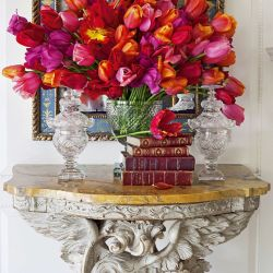 70 Ways to Add Beautiful Spring Flowers to Your Home