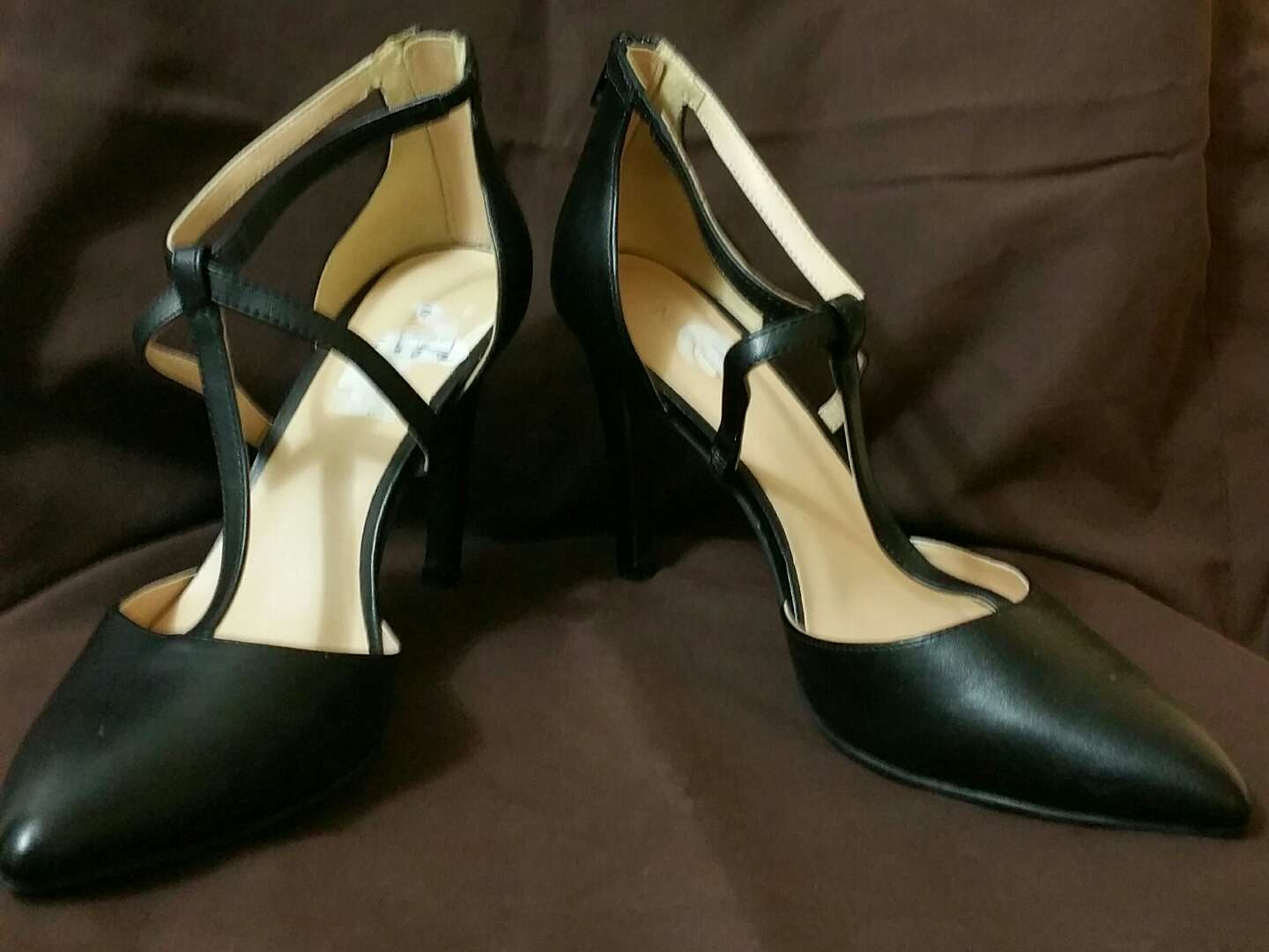 Heels Size 8 1 2 15 For Sale In Dallas Tx 5miles Buy