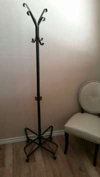 Coat and purses rack for sale in Carrollton, TX - 5miles ...