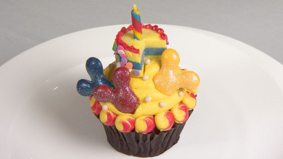 Mickey\u0027s 90th birthday cupcake will be gone before you know it - ABC