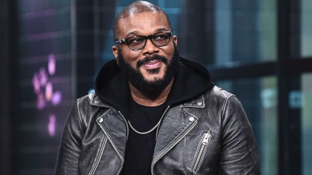 Tyler Perry pays off layaway items at 2 Georgia Walmart stores GMA