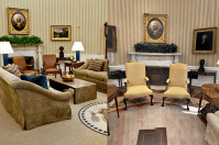 See the changes Donald Trump made to the Oval Office - AOL ...
