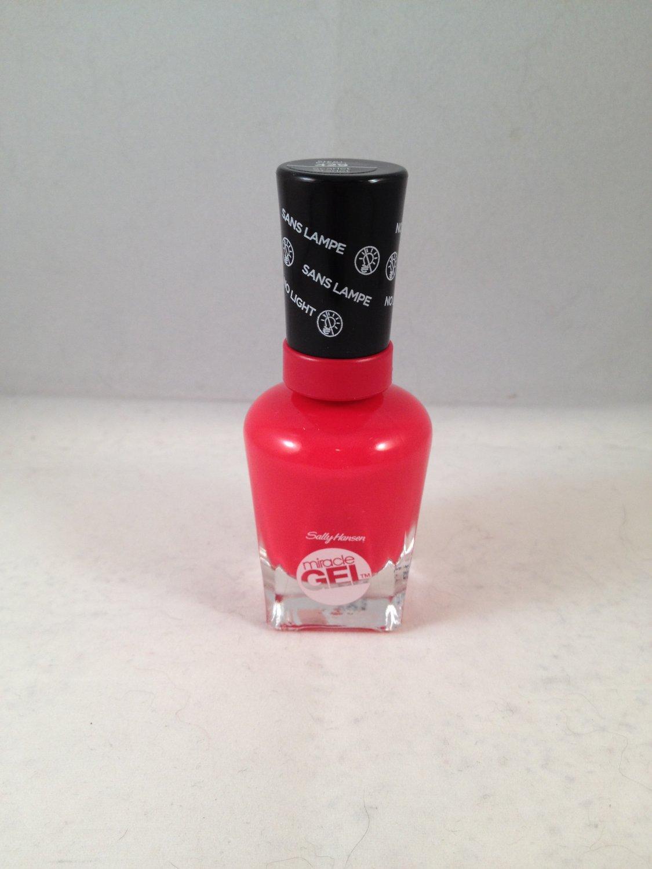 Sally Hansen Miracle Gel Polish Nail Color 429 Scarlet