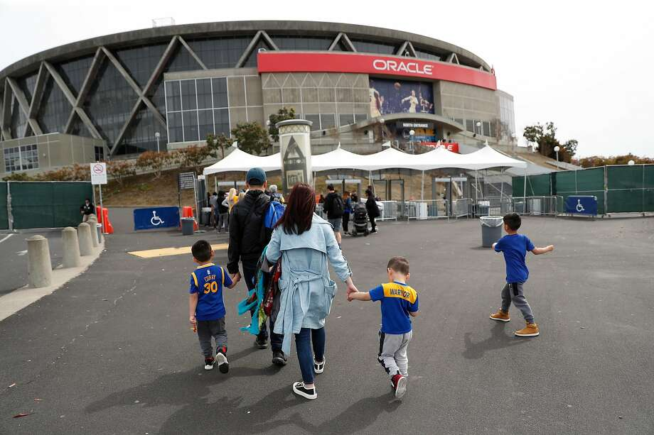 What will happen to Oracle Arena when the Warriors leave for San