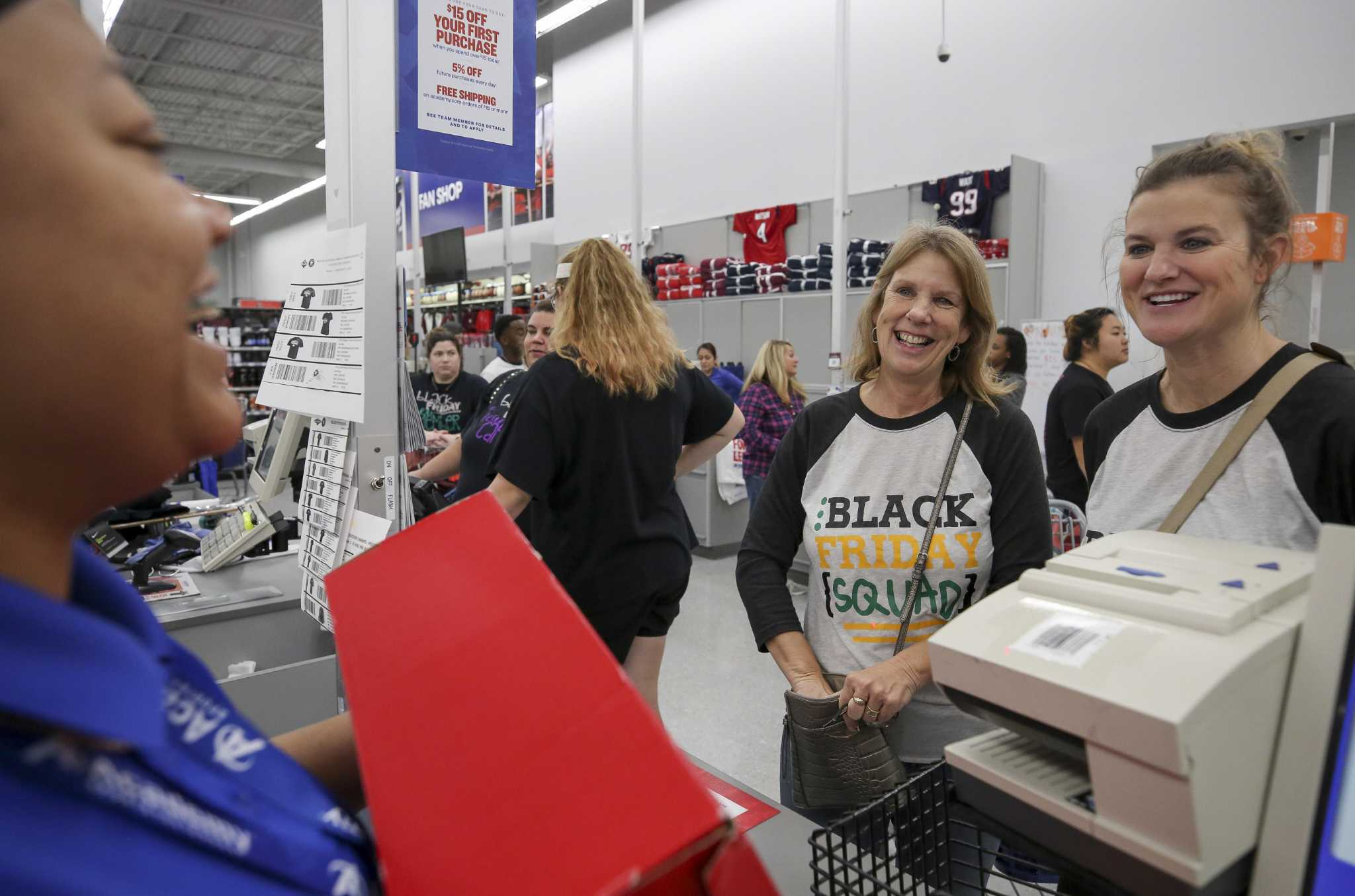 Black Friday Deals In Houston Still Drawing Crowds