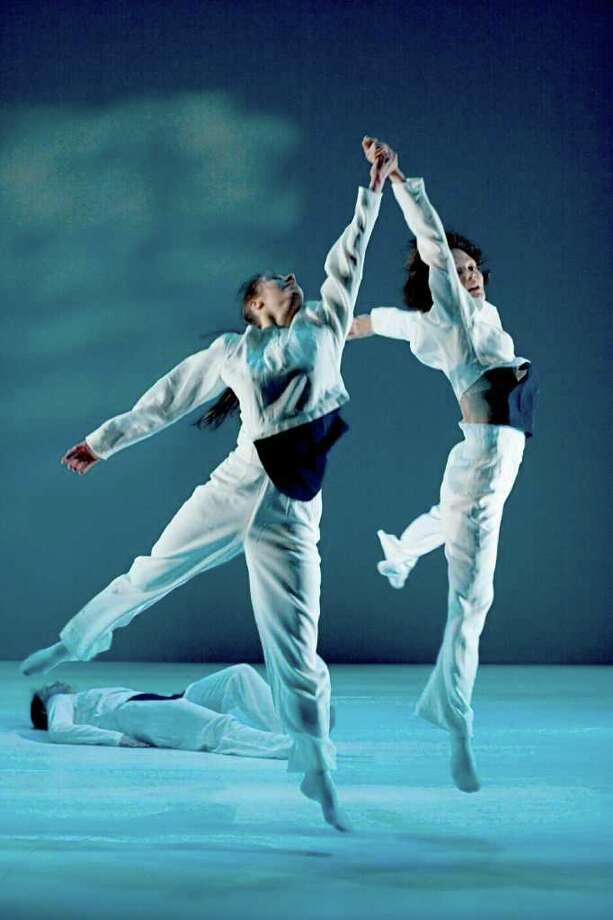 Tero Saarnien brings dances to Bard - Times Union