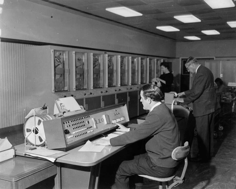 16 jobs that don\u0027t exist anymore - SFGate