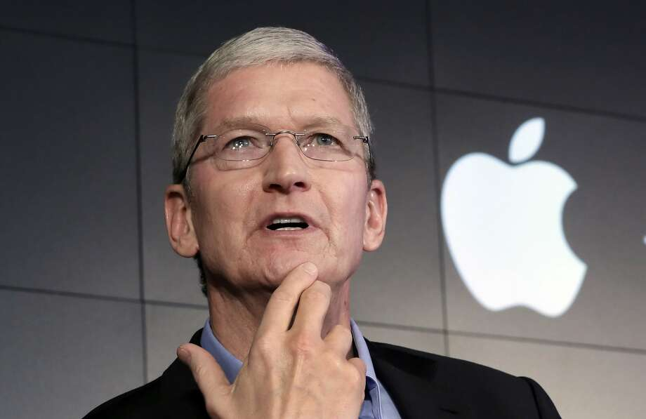 Apple CEO Tim Cook will take you to lunch, but it\u0027ll cost you - SFGate - tim cook resume