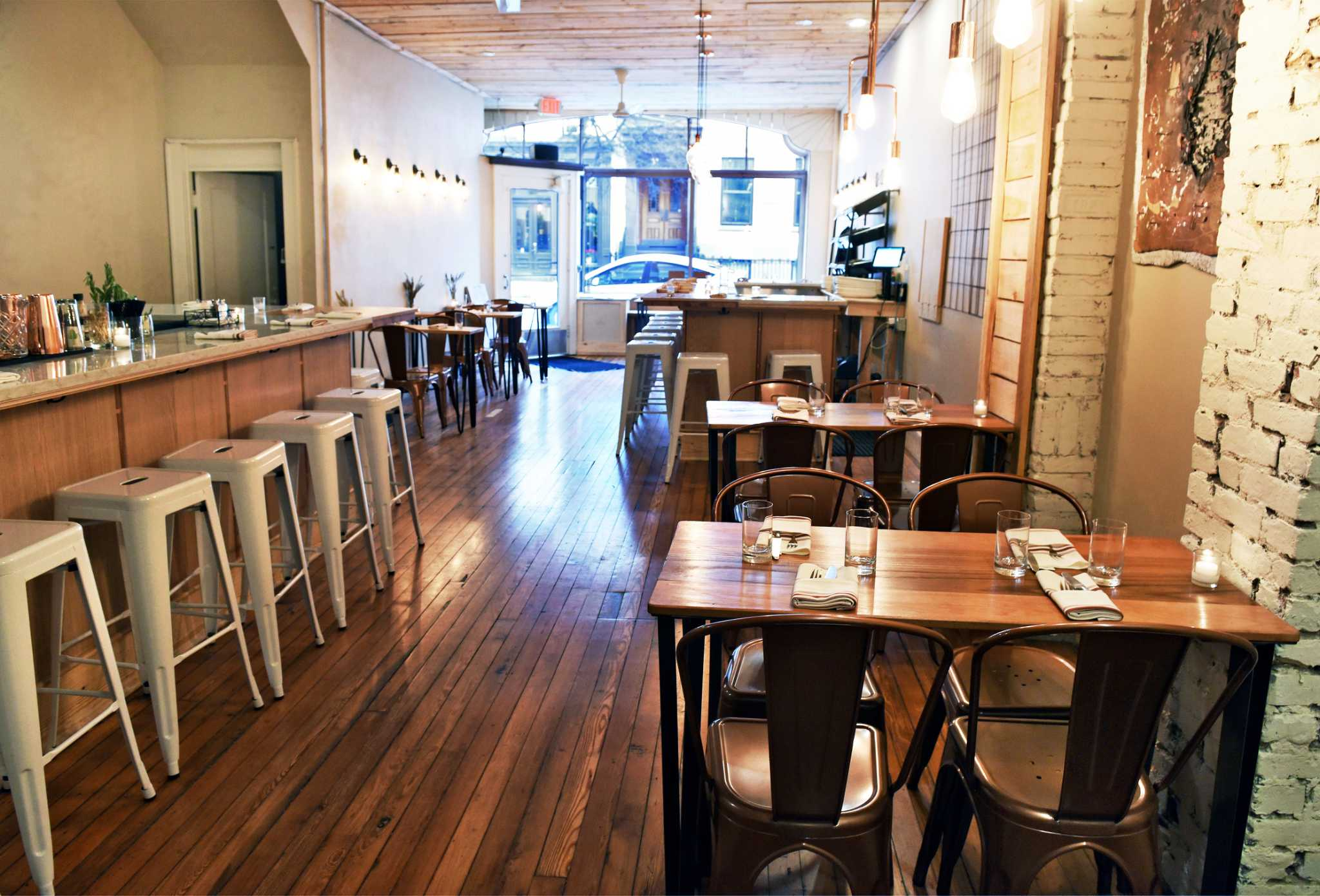 John Andrews Farmhouse Restaurant Second Helpings Mini Restaurant Reviews Times Union