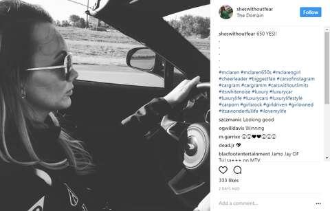 Road trip! McLaren VIPs caravan to Austin for exclusive Circuit of